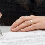 DOSAR: Au cerut indemnizaţie de creştere a copilului în baza unor acte...