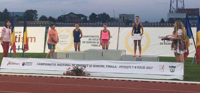 Diana Ivănescu - argint în proba de 3.000 m obstacole - tineret (Sursa foto: Facebook)