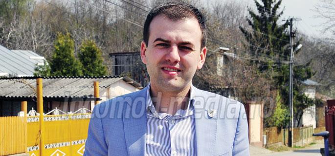 Emanuel Spătaru - primarul comunei Răzvad