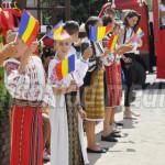 FOTO: La Gura Ocniţei, sărbătoarea comunei se desfăşoară sub egida per...
