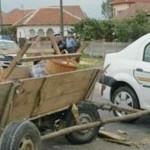 INCIDENT: Maşini avariate, după ce un cal s-a speriat de TIR-ul care a...