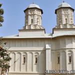TÂRGOVIŞTE: Slujbă de sfinţire la Mănăstirea Stelea, după consolidare ...