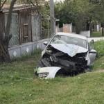 ACCIDENT: Dâmboviţean de 77 de ani şi-a făcut maşina praf din cauza vi...