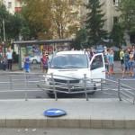 ACCIDENT: Şofer agresiv, încătuşat de poliţiştii din Prahova!