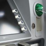 INFO UTIL: Ai card bancar? Pentru siguranţa tranzacţiilor, ţine cont d...
