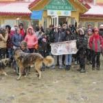 FOTO: Tinerii din Dâmboviţa învaţă să se distreze în mijlocul naturii!