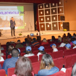 DÂMBOVIŢA: Gala Voluntariatului Strategiei Naţionale de Acţiune Comuni...