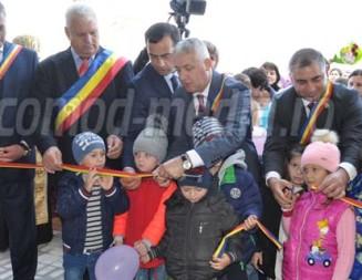 DECIZIE: 35 de localităţi din Republica Moldova s-au înfrăţit cu România!