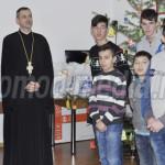 TÂRGOVIŞTE: Mitropolitul Nifon, întâlnire de suflet cu tinerii institu...