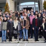 VIZITĂ: Tinerii din Republica Moldova descoperă cu interes judeţul Dâm...
