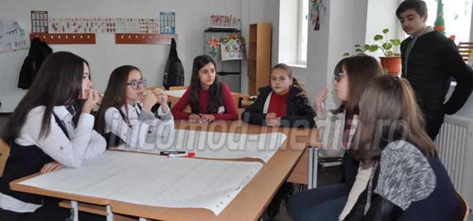 proiect scoala corbii mari 4