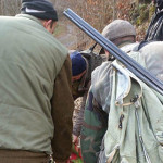 TRAGEDIE: Încă un bărbat omorât din greşeală la o partidă de vânătoare...