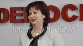Carmen Holban - deputat PSD de Dâmboviţa, membră în Comisia pentru Sănătate şi Familie
