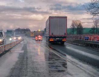 ANCHETĂ: Şoferi de camion din Pucioasa şi patronul lor, arestaţi în Franţa pentru furt!
