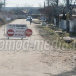 FOTO: Podul de piatră s-a dărâmat! Traficul rutier în Săteni este bloc...