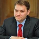 DÂMBOVIŢA: Ziariştii au fost ţinuţi pe la uşi la întâlnirea ministrulu...