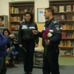 CĂLĂRAŞI: Poliţiştii le-au învăţat pe femei metodele de autoprotecţie ...