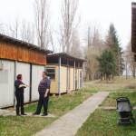 DÂMBOVIŢA: Şcoala din... baracă! Fără apă, fără WC-uri, dar bună pentr...