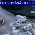 PRAHOVA: Două kilograme de cannabis la purtător! Drogurile erau comerc...