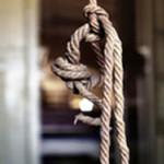 DÂMBOVIŢA: O fată fugită de la Protecţia Copilului a fost găsită spânz...