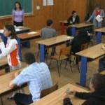 BAC 2014: 40% dintre absolvenţii clasei a XII-a n-au promovat examenul...