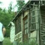 ARGEŞ: Un copil de 11 ani a trăit timp de 2 ani singur într-o colibă d...