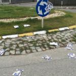 SESIZARE: Manifeste electorale împrăştiate în Târgovişte, chiar în ziu...