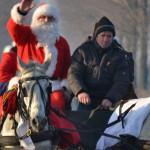 DÂMBOVIŢA: Iată vine Moş Crăciun... La Răcari, va ajunge negreşit la t...