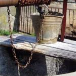 SEMNAL: Apa din fântâni este poluată cu nitraţi din cauza depozitării ...