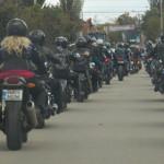 CAMPANIE: Motocicliştii cer egalitate în trafic şi promit o conduită r...