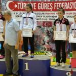 LUPTE: Maria Cioclea şi Diana Vlăsceanu, locul 3 la Internaţionalele d...