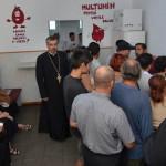 GEST: Preoţii şi enoriaşii din Dâmboviţa donează sânge pentru a salva ...