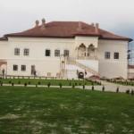 DÂMBOVIŢA: Palatul Brâncovenesc de la Potlogi îşi deschide porţile dum...