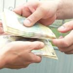 ATENŢIE: Înşelăciune la Casa de Pensii! A vrut mai mulţi bani şi i-a p...