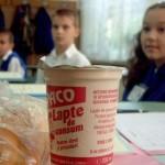 SOLUŢIE: Cornul şi laptele înlocuit cu o masă caldă