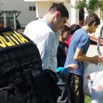 EXEMPLU: Poliţiştii argeşeni, daruri pentru 25 de copii speciali