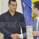 DÂMBOVIŢA: Triplul campion naţional la box Cătălin Cristea, premiat de...