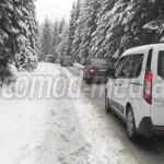 TRAFIC: S-a circulat în coloană pe drumul spre Platoul Bucegi, oficial...