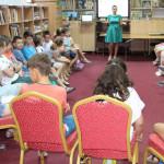 DÂMBOVIŢA: 158 de copii şi-au petrecut vacanţa la bibliotecă şi au fos...