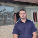 TELEORMAN: A intrat într-o casă în flăcări şi l-a salvat pe proprietar...